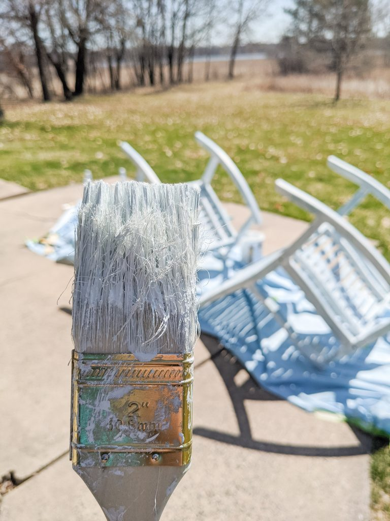 I did it! I got a paint sprayer and used it to give new life to some outdoor chairs that had seen better days. And while it wasn't exactly difficult to do, it was certainly not as easy breezy as all the blog posts I'd read on the subject made it out to be.